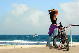 ciclista descansando