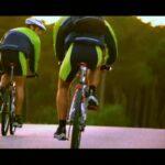 323718663-tenis-calzado-pina-casco-de-ciclista-ciclismo