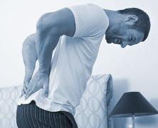 ¿Qué debo hacer para evitar lesionar mi espalda?